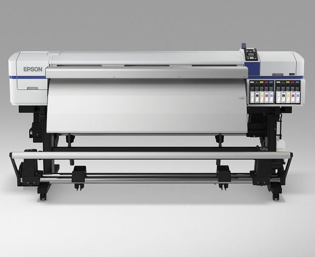Распечатать футбольное поле за 2,5 суток с помощью Epson SureColor SC-F9200
